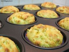 cuketové muffin Heart Healthy Breakfast, Healthy Breakfast Recipes, Vegetarian Recipes, Healthy Recipes, No Salt Recipes, Baby Food Recipes, Low Carb Recipes, Good Food, Yummy Food