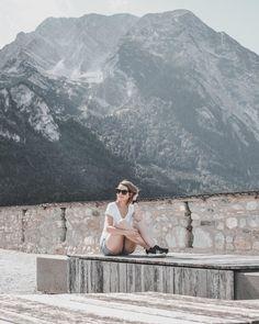 """Vienna Fashion Waltz hat ein Foto auf Instagram geteilt: """"#TIMEOUT ⛰ ☀️ 💦 ⛰  Mein Mann und ich genießen gerade ein paar Tage Auszeit im wunderschönen…"""" • Sieh dir alle 1,345 Fotos und Videos in seinem/ihrem Profil an. Vacation Style, Where To Go, Fashion Bloggers, Have Fun, Journey, Group, Lifestyle, Videos, Casual"""