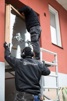 Överljus till dörr placeras #Ekstrands #Dörrbyte #Bytadörr #Installation #Dörrinstallation #Montage #Fönstermontage #Dörr #Dörrar #Port #Portar #Ytterdörr #Ytterdörrar #Ekstrandsdörrar