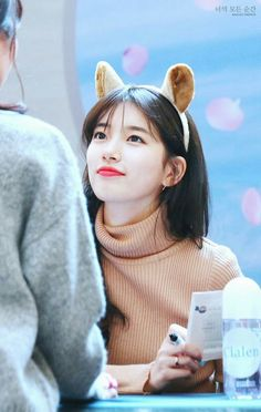 Cute Korean, Korean Girl, Asian Girl, Jung So Min, Bae Suzy, Korean Actresses, Korean Actors, Kpop Girl Groups, Kpop Girls