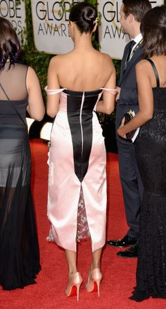 With tons of embellishment on the front, it was hard to imagine that the back of Zoe Saldana's Prabal Gurung dress could even compete. With a geometric black shape, it managed to!