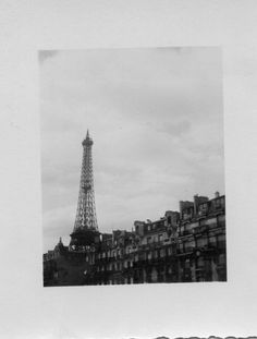 Image discovered by A🌊. Find images and videos about photography, black and white and travel on We Heart It - the app to get lost in what you love. Places To Travel, Places To Go, Ying Y Yang, Paris 3, Little Paris, Polaroid Pictures, Polaroids, Before Sunrise, Dream City