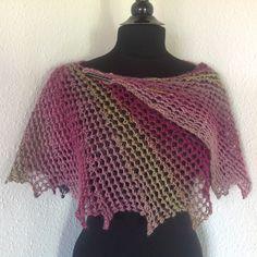 Stort Tandhjul - Strikkekit www.dragenkunst.dk Crochet Top, Tops, Women, Fashion, Blouses, Moda, Fashion Styles, Shell Tops, Fashion Illustrations