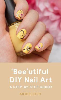 DIY Nail Art That's Totally 'Bee'utiful! – – ModCloth DIY Nail Art That's Totally 'Bee'utiful! – Hello everyone, Today, we have shown ModCloth DIY Nail Art – A Step by Step Guide – Bee Inspired Manicure Toe Nail Art, Nail Art Diy, Diy Nails, Cute Nails, Pretty Nails, Bumble Bee Nails, Do It Yourself Nails, Gel Nagel Design, Animal Nail Art