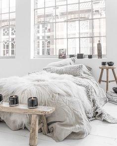 "Polubienia: 123, komentarze: 1 – Homebook.pl (@homebook.pl) na Instagramie: ""Miłego piątku! ☀️ Fot. @paulinaarcklin #homebook #homeinspo #homedecor #homedesign #homestyling…"""