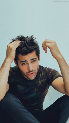 Matthew Daddario The Shadowhunters Alec And Jace, Clary Y Jace, Clary Fray, Matthew Daddario, Shadow Hunters Cast, Shadowhunter Alec, Hot Men, Alec Lightwood, Film Serie