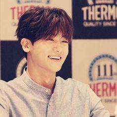Park Hyung Sik great « Smile. »                                                                                                                                                                                 Mehr