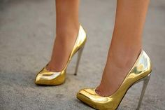 Обувь золотые лодочки