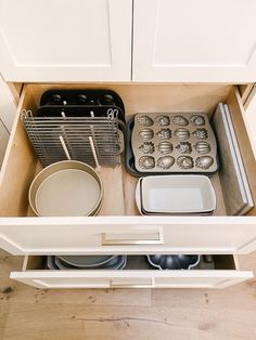 How To Organize Kitchen Drawers - Modern Glam - Interiors - - Three easy steps to organizing kitchen drawers that will leave you with a clean and organized kitchen. Tips for organizing deep kitchen drawers. Deep Drawer Organization, Kitchen Cabinet Organization, Home Organization, Drawer Ideas, Organizing Drawers, Organizing Ideas, Storage Ideas, Cabinet Ideas, Kitchen Cabinets With Drawers