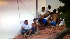 Orrore in carcere: dieci morti, tre decapitati - http://www.sostenitori.info/orrore-carcere-dieci-morti-tre-decapitati/276522
