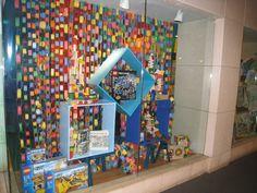 Creative Window Displays | Kaohucooper's Blog | Just another WordPress.com weblog