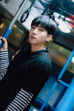 Sungjin is a concerned boyfriend in 'Every September' teaser images + cinemagraph! Park Sung Jin, K Park, Day6 Dowoon, Gifs, Bob The Builder, Cinemagraph, Wattpad, Korean Boy Bands, Kpop