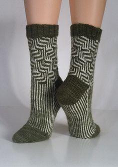 Ravelry: GFTC's Maze Socks