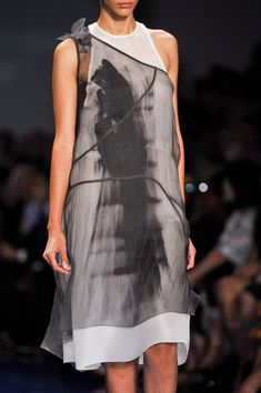 Vera Wang at New York Fashion Week Spring 2014 - StyleBistro
