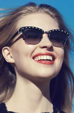 Smiles & Valentino Rock Stud Sunnies
