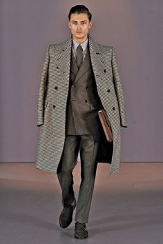 Gieves & Hawkes | Fall 2014 Menswear Collection..London