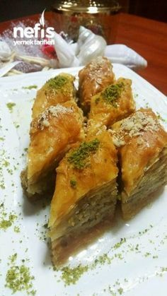 Baklava with Walnut (Baklava) - Yummy Recipes - Rezepte - French Beef Pies, Mince Pies, Yummy Recipes, Yummy Food, Mince Recipes, Red Wine Gravy, Rick E, Turkish Recipes, Ethnic Recipes