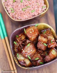 chinese pork adobo w/ pork belly, garlic, cooking oil, soy sauce/tamari, sugar… Peach Kitchen, Mary's Kitchen, Pork Belly Recipes, Chicken Recipes, Braised Pork Belly, Comida Keto, Chinese Pork, Pork Dishes, Thai Dishes