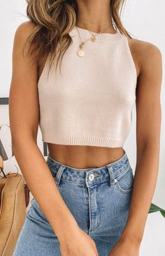Mode Outfits, Fashion Outfits, Girl Outfits, Vetement Fashion, Looks Street Style, Cute Crop Tops, Cropped Tops, Beige Crop Tops, Beige Top