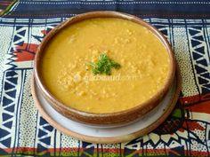Osez cette soupe bonne à manger et agréable à regarder. Mets, Hummus, Pudding, Ethnic Recipes, Desserts, Food, Cream Soups, Eggplants, Eten