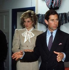1985-10-07 Diana and Charles visit the Leith Enterprise Trust in Edinburgh, Scotland