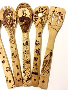 This is a set of Nightmare Before Christmas woodburned spoons. They can be customized. Please feel free to message me if you have any