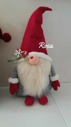 How to make a felt gnome hat. Also pics of the gnome themedScandinavian Christmas decoration Gnomes and deer Nordic Christmas gnome Tomte Primitive Christmas mantel decor Handmade gnomes Stuffed deerEver since a visit to Denmark I really liked the Sc Christmas Gnome, Diy Christmas Gifts, Holiday Crafts, Christmas Ornaments, Simple Christmas, Christmas Stockings, Christmas Holidays, Scandinavian Christmas Decorations, Fabric Dolls