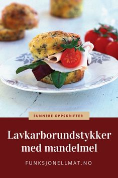 Lavkarborundstykker - Funksjonell Mat | Lavkarbo oppskrifter | Sunne oppskrifter | Lavkarbo lunsj | Lavkarbo frokost | Low carb | Rundstykker oppskrift 100 Calories, Salmon Burgers, Food And Drink, Low Carb, Chicken, Snacks, Ethnic Recipes, Salmon Patties, Appetizers