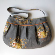 Free pattern for the Buttercup Bag. It only takes a fat quarter!