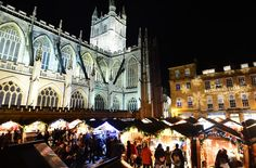 Top 10 Accessible Christmas Markets Find out where to book a Christmas break in the UK and Europe to experience the best (and most accessible) Christmas Markets #accessibletravel #accessibleChristmas #ChristmasMarkets #accomable #accomableontour