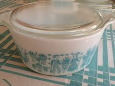 Vintage Turquoise Pyrex Casserole with Lid , Amish butter print, ThePuppyDogTails, etsy
