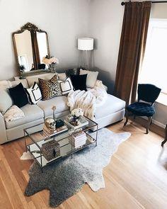 Glam Living Room, Living Room Colors, Living Room Furniture, Living Room Designs, Living Room Decor, Apartment Living Rooms, Chic Apartment Decor, Wood Furniture, Furniture Ideas