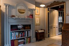 Gravity Home: Airbnb Victorian Pub in London