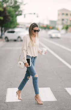 Mom Style: Casual Chic Outfit