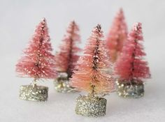 bottle brush trees diy christmas trees pink - kerstboom maken van fles borstel