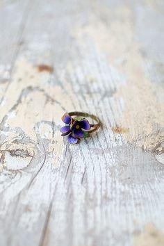 vintage 1960s enamel flower ring - Click Image to Close