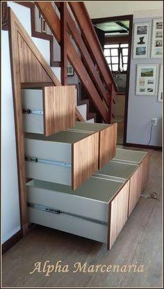 Cómo aprovechar al máximo el hueco de la escalera de tu casa - El Cómo de las Cosas Under Stairs Cupboard, Basement Stairs, Staircase Design, Staircase Storage, Stair Storage, Bad Oeynhausen, Cupboards, Closet Designs, Stairways
