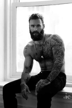 Mostly amateur HOT men. I have a real thing for Latino and Black men. hairy or smooth, just HOT men! Real men should have sex, not just models from porn sites. Bart Tattoo, Art Of Man, Beard Love, Man Beard, Man With Beard, Sexy Beard, Inked Men, Hair And Beard Styles, Hairy Men