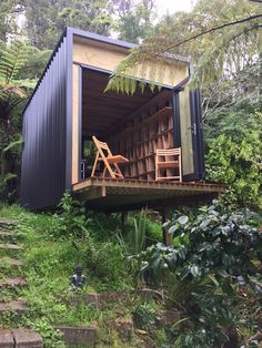 Shipping Container Home Designs to be – Design Kaktus Nest Design, Cabin Design, Tiny House Design, Design Design, Shipping Container Cabin, Shipping Container Home Designs, Container House Design, Shipping Containers, Grand Designs New Zealand
