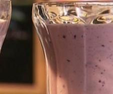 Recipe Berry/Banana Breakfast in a Glass by Rebecca-Hieidi - Recipe of category Drinks