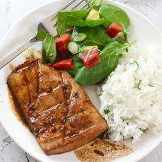Honey Ginger Glazed Mahi Mahi  I never like fish I cook at home, but I can keep trying...