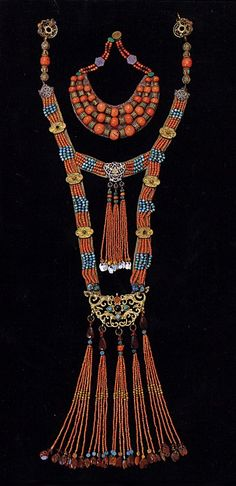 Mongolian jewellery pieces | Silver, coral, turquoise and other stones.