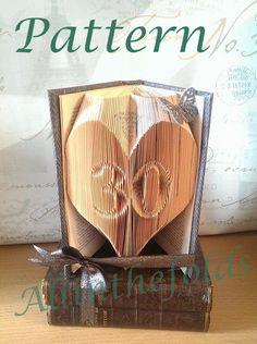 30 Heart Bookfolding pattern DIY by Allinthefolds on Etsy