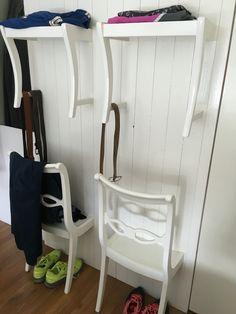 Stühle An Die Wand Hängen garderobenstuhl herrendiener aus stuhl bauen halber stuhl an wand