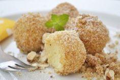 Topfenknödel - New Ideas Potato Dumpling Recipe, Easy Desserts, Dessert Recipes, Zucchini Tots, Milk Dessert, Food Staples, Rice Krispie Treats, Food Blogs, Soul Food