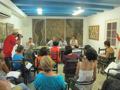 Situado justo detrás de la Catedral de la Habana, en el antiguo palacio de los Condes de Peñalver -un edificio del siglo XVIII declarado Patrimonio de la Humanidad- este pequeño museo y galería fue inaugurado el 28 de febrero de 1983, con el objetivo de estudiar y divulgar la obra de Wifredo Lam, gran pintor surrealista que en su momento fue conocido como el Picasso cubano.