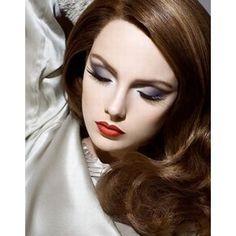 Whip My Hair… Old Hollywood Glam makeup.so classic and sophisticatedOld Hollywood Glam makeup.so classic and sophisticated Glam Makeup, Party Makeup, Face Makeup, Wedding Makeup, Bridal Makeup, Doll Makeup, 40s Makeup, Vegas Makeup, Classy Makeup