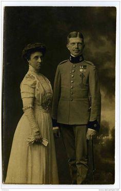 Ferdinand de Bavière (Infante Ferdinand d'Espagne, Prince de Bavière, 1884-1958) et l'Infante Maria Teresa (1882-1912).