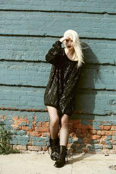 ★★★★★ five stars (black leather boots, black polka dot pantyhose, black sequins oversize pullover)