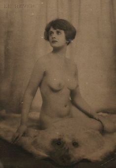 Dorothy Wilding - Le reveil , 1920 © William Hustler and Georgina Hustler